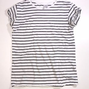 Divided white with black stripes tee